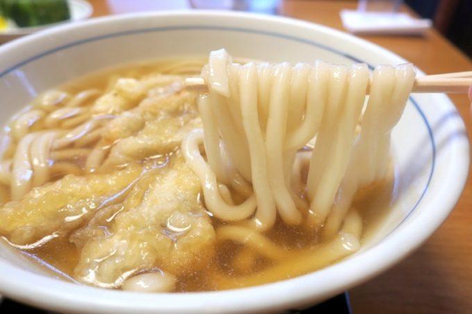 熊本「ウエスト」ツルツルとした多加水麺のうどん。