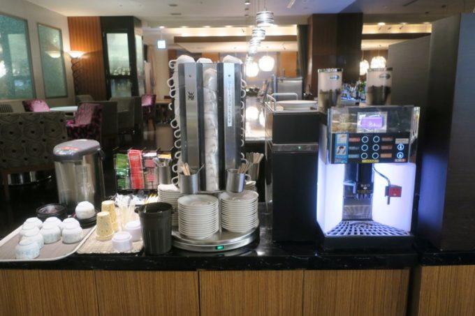 ANAクラウンプラザホテル熊本ニュースカイの朝食会場「サンシエロ」のコーヒーメーカー