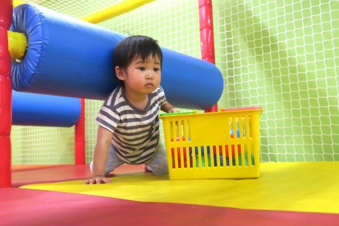 浦添・サンエーマチナトシティ「あそびパーク」キッズジムで借り物競走的なお子サマー。