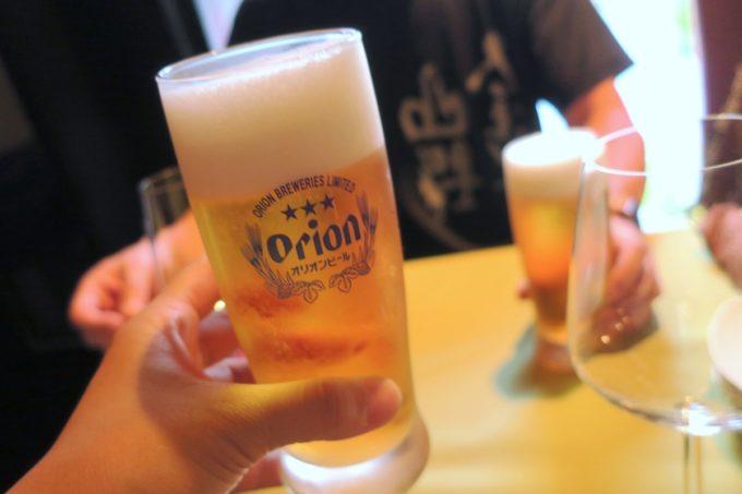 那覇・栄町「ビストロ ルボングー(Bistro Le Bon Gout)」のビールはオリオンドラフト(500円)だった