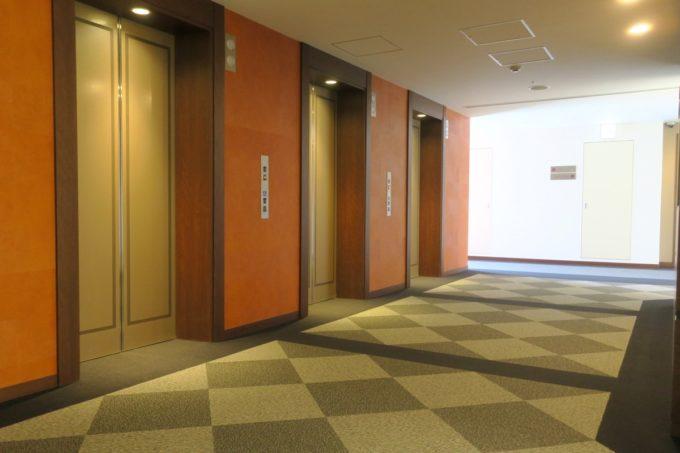 那覇・壺川「メルキュールホテル沖縄那覇」のエレベーターホール