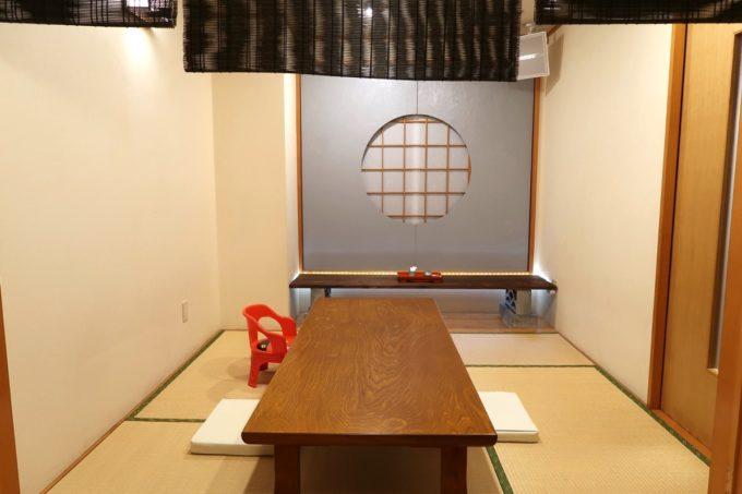 南風原「やきしん」の個室(2020年11月)