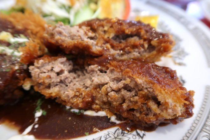 南風原・環境の杜ふれあい「ぬーじボンボン ニュータイプ」揚げたてほかほかのメンチカツがおいしい。