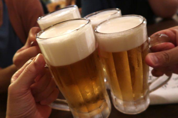 那覇・首里末吉町「鶏と愛とロマン」ビールはオリオンドラフト(380円)