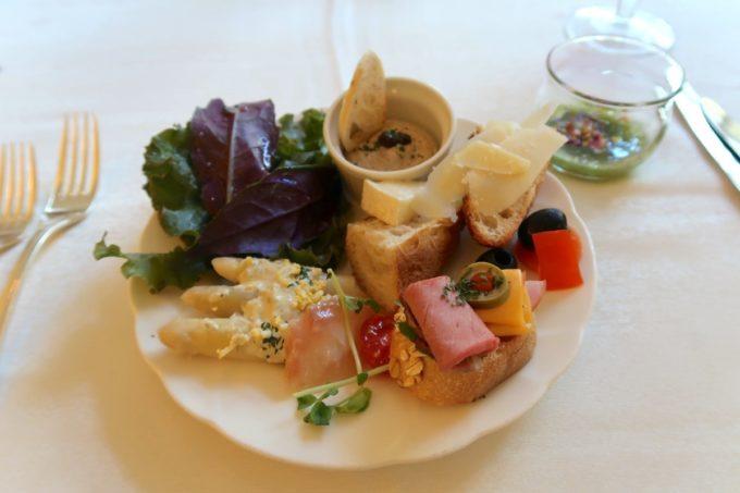 ザ・ナハテラスのレストラン「ファヌアン」平日ランチで取り分けてきたお料理