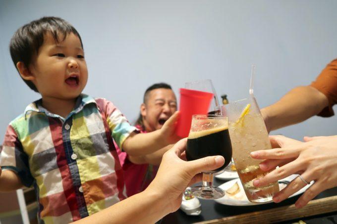 宜野湾「PePePe(ペペペ)」お子サマーも一緒に乾杯!