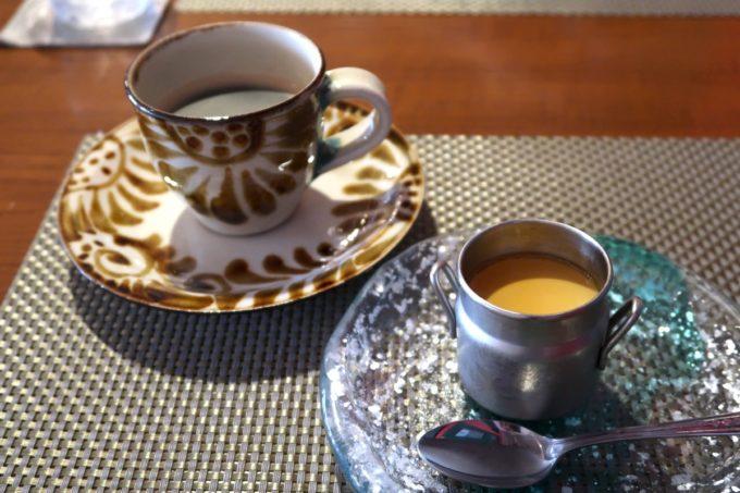 那覇・久茂地「Cucina Naha(クッチーナナハ)」食後のコーヒーととろとろプリン(2019年10月)