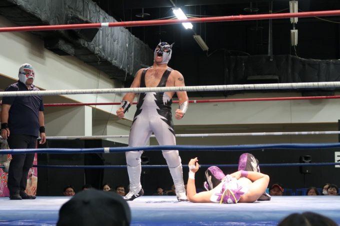 2020年1月11日に行われた琉球ドラゴンプロレスのハウスショー「我栄トーナメント2020 Aブロック一回戦」ヒージャー・キッドマンvsエル・ゲレーロ・クエルボ(その1)