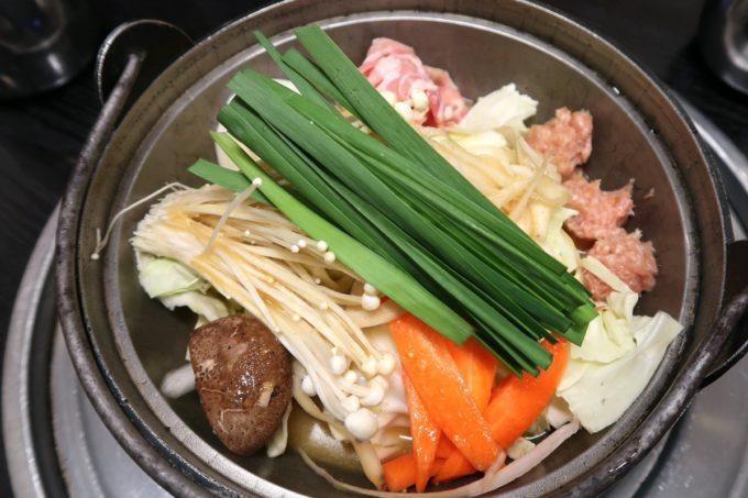 両国「相撲茶屋 寺尾」ランチのサービスちゃんこ鍋のカレー味(Aセット1200円)