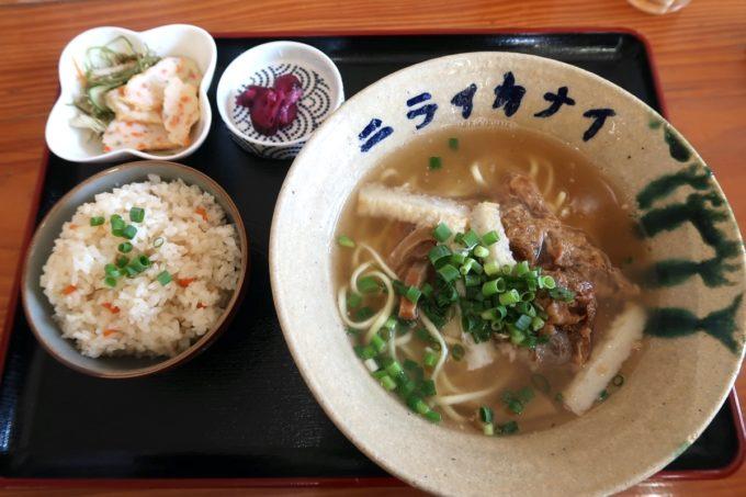 石垣島「ニライカナイ 」八重山そば定食(700円)
