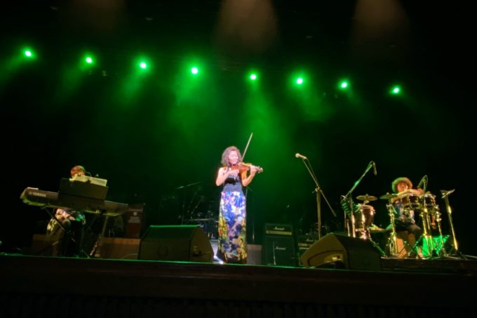 2020年2月16日「紫 結成50周年スペシャル MURASAKI LIVE IN KADENA」で演奏するConjunto Alegria(コンフントアレグリア)