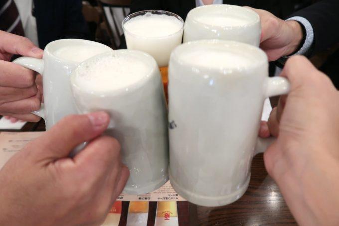 有楽町「ニユートーキヨービヤホール 数寄屋橋本店」エーデルピルス(シュタイン、730円)で乾杯