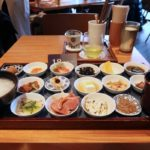 築地本願寺のカフェ「sumugi(ツムギ)」18品の朝ごはん(1800円)