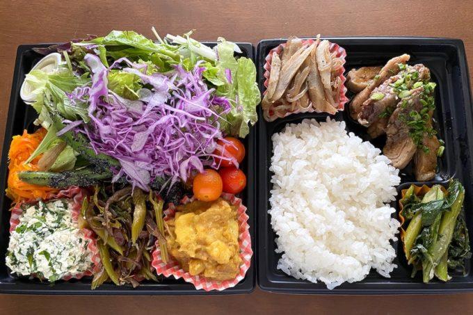 那覇市安里「オレンジキッチン」テイクアウトのやんばる野菜と生姜焼き(1250円)()
