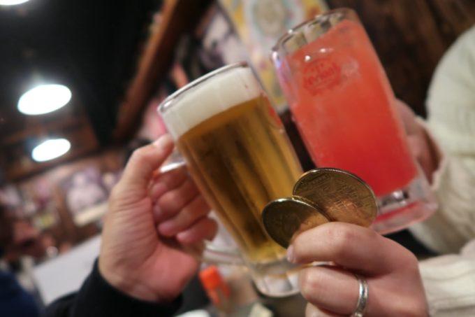 那覇・松尾「大衆立呑酒場 垂れ屋」せんべろドリンクで乾杯