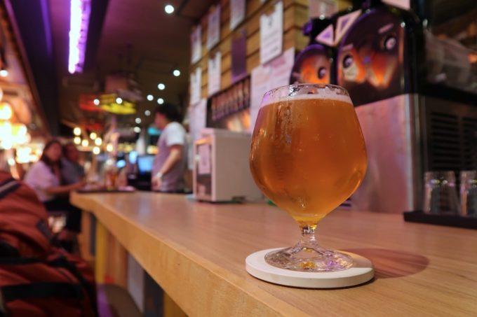 那覇・「クラフトビール しまねこ」サンディエゴのホップチャンクスダブルIPA(ブルワリー不明、600円)