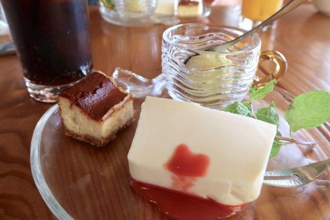 沖縄市・泡瀬「ハーベスト」ランチの本日のデザートセット(500円)
