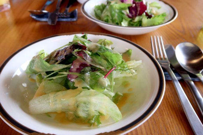 沖縄市・泡瀬「ハーベスト」ランチのサラダがおいしい
