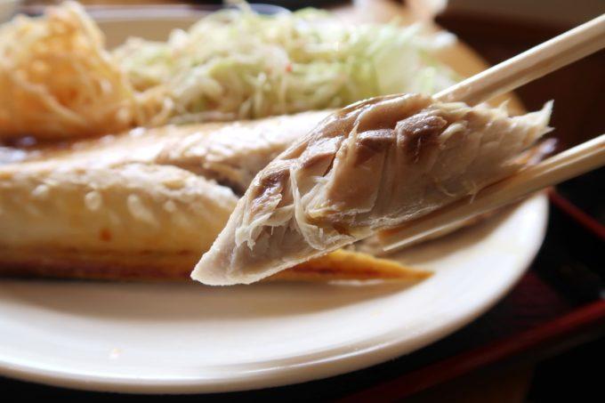 豊見城市「沖縄やまや」日替わりの塩サバ定食のサバがおいしい