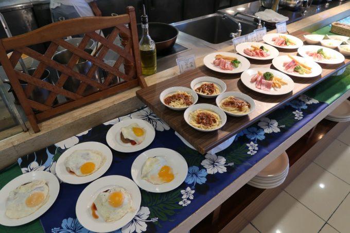 恩納村・ホテルムーンビーチ「コラーロ」の朝食(アメリカンブレックファスト)