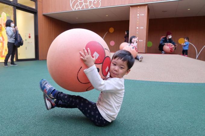 「仙台アンパンマンこどもミュージアム」ボールパークで遊ぶお子サマー