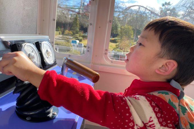 仙台市「八木山ベニーランド」キッズトレイン東西線を運転するお子サマー