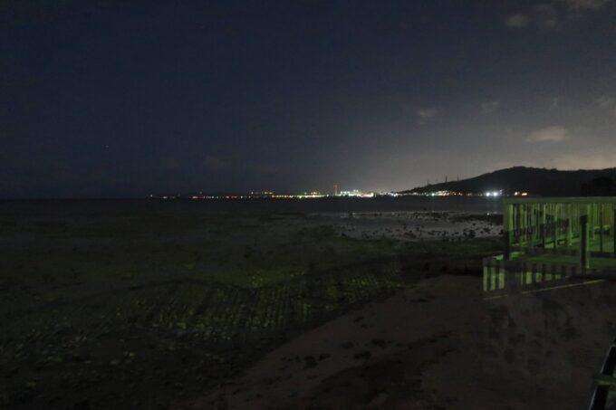 沖縄県総合運動公園キャンプ場は海沿いにある