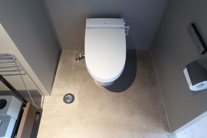 那覇市泊「ホテルプチスイート崇元寺石門」4階LIBRARYのトイレ