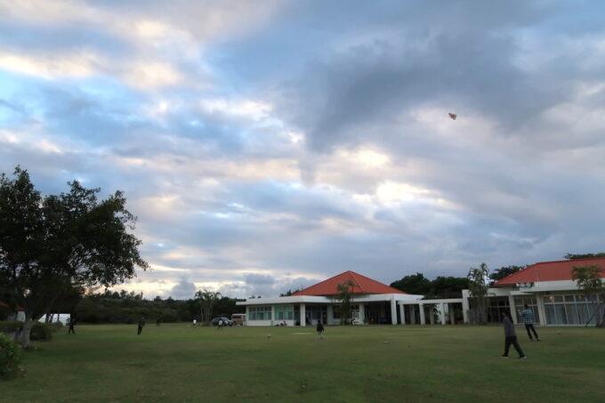 沖縄県金武町「ネイチャーみらい館」の交流広場