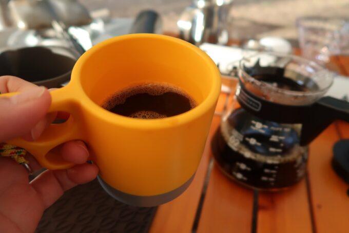 沖縄県金武町「ネイチャーみらい館」朝から美味しいコーヒーを淹れるのもキャンプの醍醐味