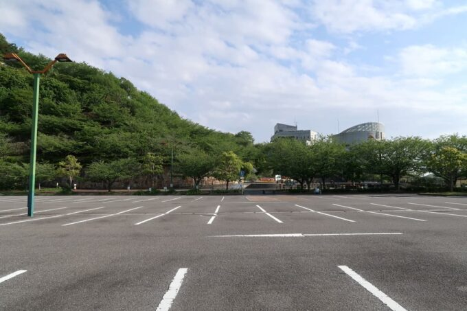 愛媛県松山市「松山総合公園」の駐車場