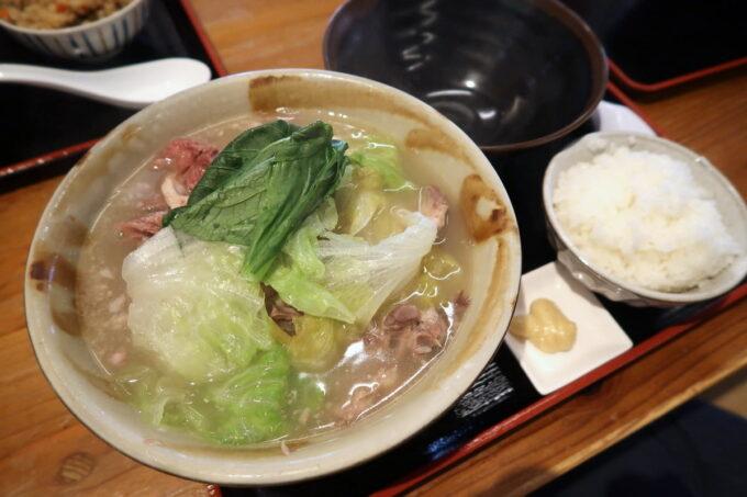 浦添「宮良そば」ほね汁定食(700円)