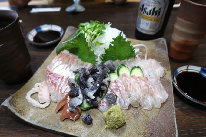 愛媛県松山市「居酒屋まつだ」石鯛の刺身(半身、時価)