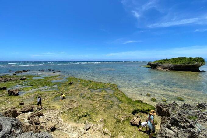 読谷村「渡具知ビーチ」干潮ですっかり海底が見えてしまった