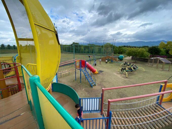 まんのう町「かりんの丘公園」大型遊具からの眺め