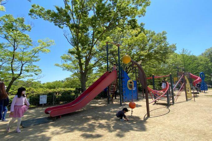 高松市「峰山公園」わんぱく広場滑り台