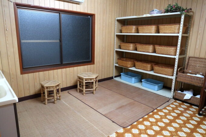 今治・大三島「旅館さわき」の大浴場更衣室