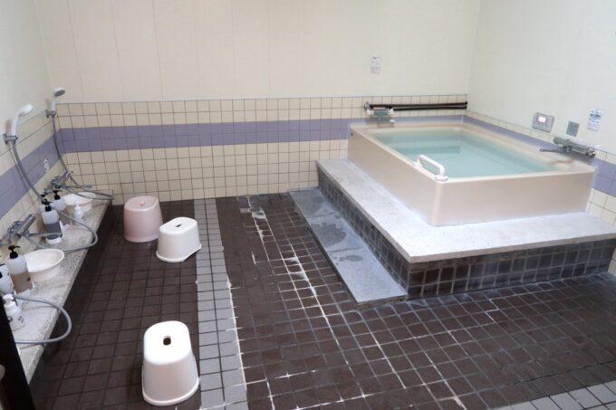 今治・大三島「旅館さわき」の大浴場