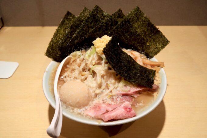 沖縄市「らー麺アオキジ」味玉ベンケエ(950円)にのり増し(+100円)