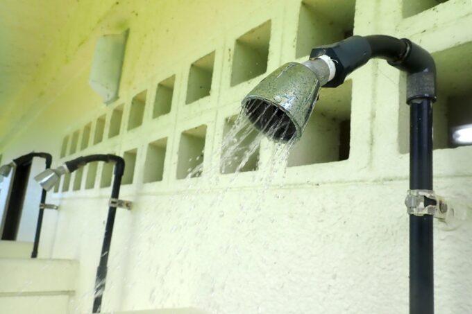 「嘉手納マリーナ」シャワーの水の出方はアメリカン