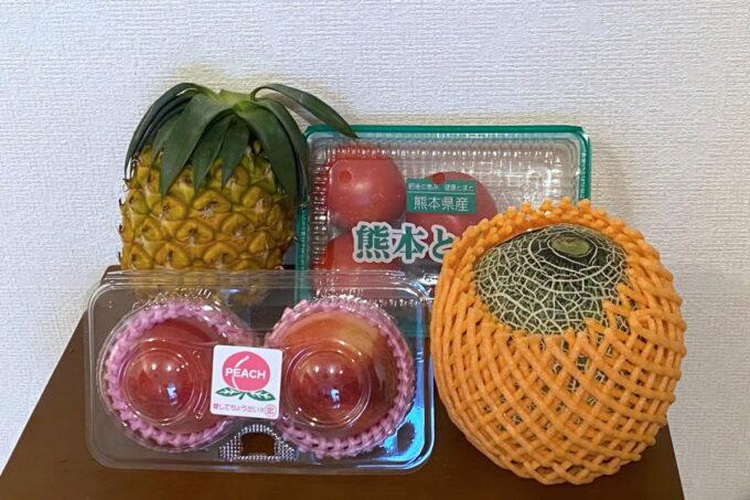 那覇市具志「旬果屋フルーツスタンド」で購入してきた野菜やフルーツ